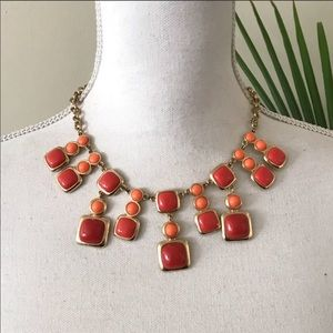 Jewelry - Peach summer statement necklace gold